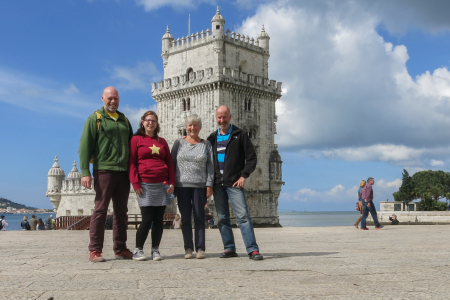 Pat, Syl, Jose en Jan bij Belem tower